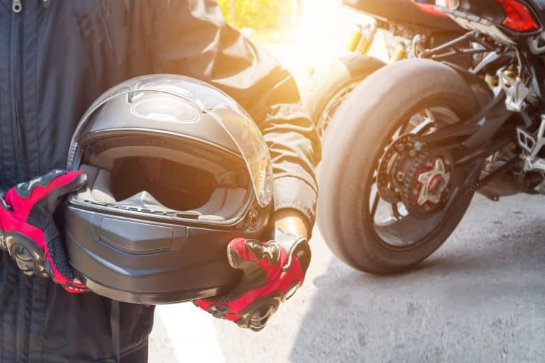 5 Quietest Motorcycle Helmets For A Noise-Free Ride