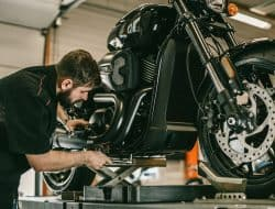 Best Motorcycle Stands in 2021: Top 6 Choices and Full Buyer's Guide