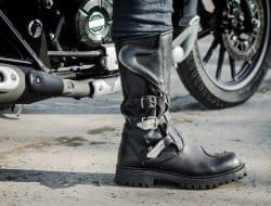 Best Motorcycle Boots in 2021: Top 6 Pairs & Complete Buyer's Guide